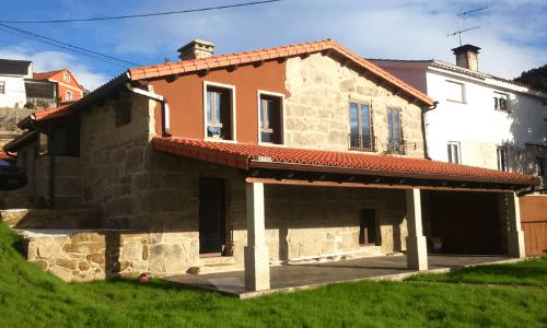 Rehabilitación y ampliación de vivienda rústica en Alxán (Soutomaior)